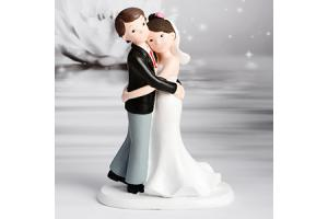 Decorative Figure Wedding - Wedding Couple Hug